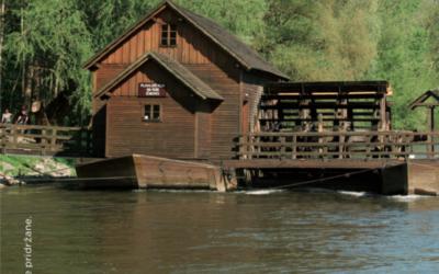 Spust po reki Muri